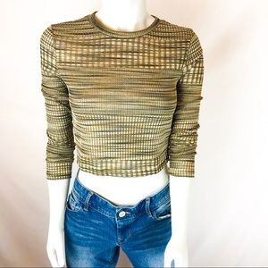 FOREVER 21 Long Sleeve Crewneck Crop Top